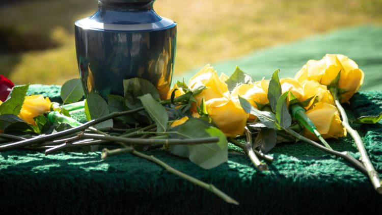 How to Arrange Cremation Services